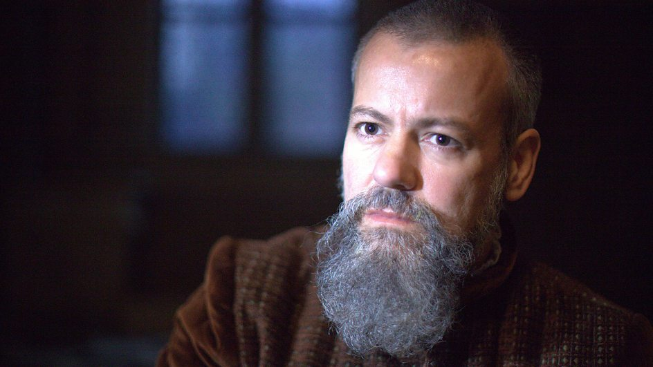 Slippery Stanley played by Rupert Graves