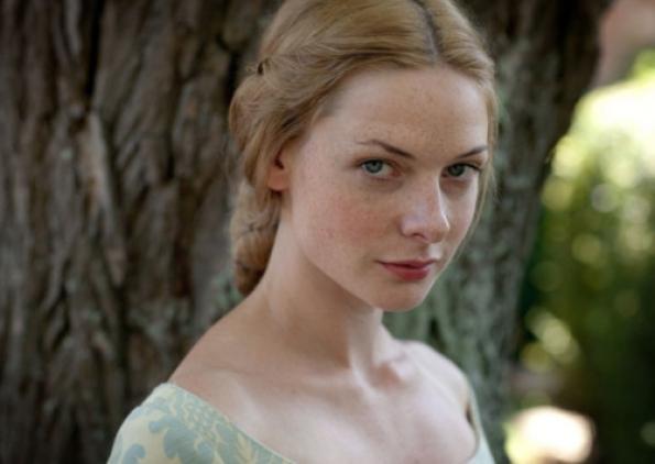Elizabeth Woodville, the White Queen, played by Rebecca Ferguson